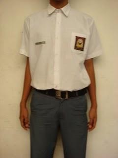 seragam sekolah sma laki-laki