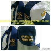 Grosir seragam sekolah topi dasi di SABLON & BORDIR dikirim ke SMP LAMBOYA, WAIKABUBAK - 0821.4272.0542